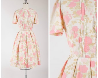 Vintage 1960s Dress • Book of Love • Pastel Pink Floral Cotton 60s Day Dress Size Small