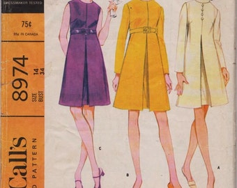 Vintage McCall's 8974, Dress Sewing Pattern, 1960s