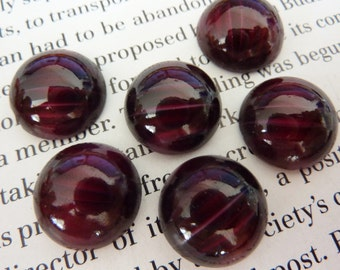 4 glass cabochons, Ø15mm, wine red white, round