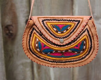 Genuine Leather Vintage Southwestern Embroidered Crossbody Satchel Small Purse