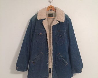 Vintage 70's Wrangler Wrange Coat / Denim Shearling Lined Jacket XL