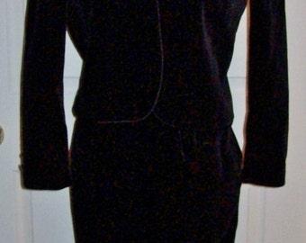 Vintage Ladies Black Cotton Velvet Skirt Set Kasper for ASL Size 6 Only 10 USD