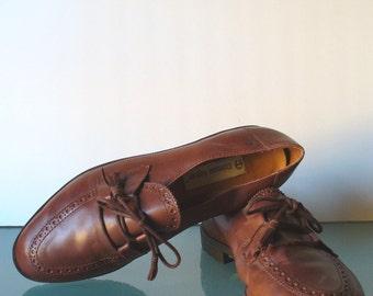 Vintage Etienne Aigner Brown Preppy Shoes Size 8W