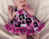 Beautiful Parley Ray Minnie Mouse Pinafore, Ruffled Baby Bloomers and matching Bracelet Diaper Cover / Photo Prop Disneyland
