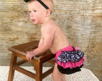 Beautiful Parley Ray Hot Pink & Black Damask Ruffled Baby Bloomers / Diaper Cover / Photo Props