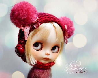 Blythe Helmet SWEET BEAR Red  By Odd Princess Atelier, Hand Knitted Collection