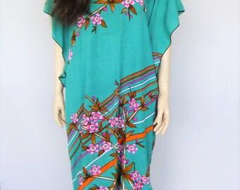 70s  batik dress, muu muu dress, kaftan, caftan