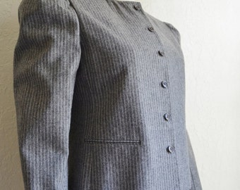 Vintage Women's JH Collectibles Grey Pinstripe Wool Jacket 1980's Small