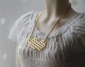Honeycomb I - SD necklace in gold tones