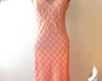 "1960s Slip by Youth Form with 32"" Bust"
