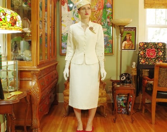 Vintage 80's Cream Jacquard Wedding Suit . Retro 40's look . Ivory Women's Suit . Cut-work Embroidered 3/4 Sleeves . Original Tags . Mint