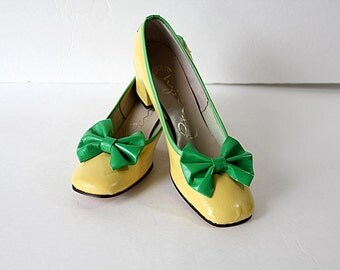 60s Mod Shoes Yellow Green Cindy Originals Leather Size 8N Deadstock
