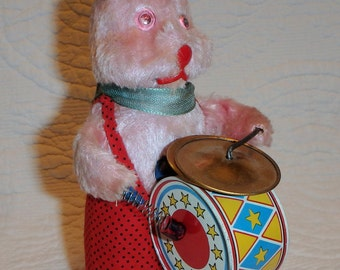 Wind Up Drum Playing Bunny Rabbit