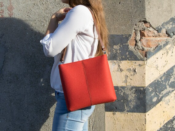 40% OFF - Felt small CROSSBODY BAG with leather strap / crossbody purse / small shoulder bag / orange felt bag / wool felt / made in Italy