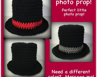READY TO SHIP Baby top hat, photo prop newborn snowman, preemie, 0-3 months or 3-6 months photo prop black grey red white