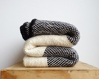 Striped Mexican blanket crochet edge, Black white Yoga wrap woven blanket, Boho sofa throw wrap, Wool picnic Blanket without fringes