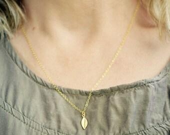 Gold Leaf Necklace, Tiny Leaf Necklace, Gold Vermeil Leaf Pendant Necklace, Dainty Gold Necklace, Gold Leaf Jewelry, Gold Leaf Pendant