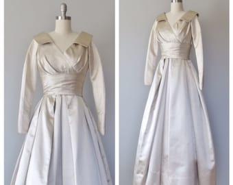 50s wedding gown size xs / 50s silk wedding dress / doupioni silk dress