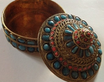 Sale - Vintage Ornamental Box