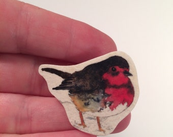 Red Robin bird pin brooch, shrinky dink plastic tie tack, Bird Pin, Animal Brooch