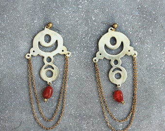MUSA - chandelier earrings - brass and red agate