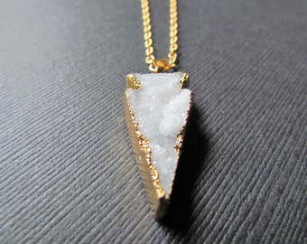 White Quartz Necklace - Quartz Necklace - White Gemstone Pendant - Quartz Jewelry - Arrow Necklace -