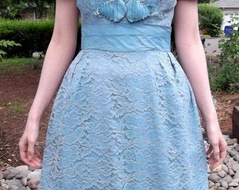VINTAGE BLUE DRESS 1960's Lipman's Lace Size Small