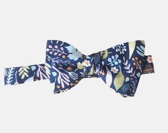 Bow Tie - Navy Floral - Men's Self Tie - Freestyle Tie