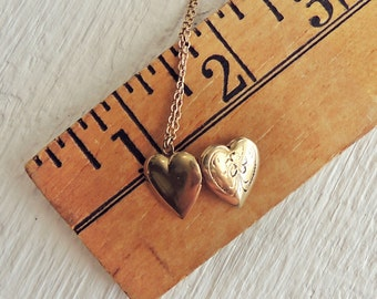 Vintage Heart Locket Necklace/Petite Jewelry/Miniature Locket Pendant Necklace/Boho Chic Necklace/Shabby Chic/Engraved Heart Charm Necklace