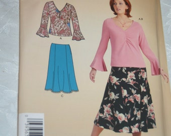 Simplicity 4424 Womens Skirt in Two Lengths and Knit Top Sewing Pattern - UNCUT -  Size 18W - 28W