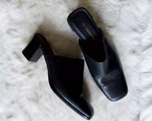 poison princess black mules / 90s leather mules / 8 - 38.5 / 90s minimalist / chunky mules / square toe mules / leather slip ons / 90s mules