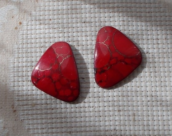 Abstract Dark Red Triangle 1980s Ceramic Post Earrings  2188
