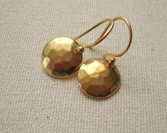 Matte Gold Plated Hammered Disc Earrings - Simple Jewelry