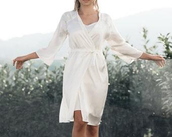 Ivory Silk Robe / Bridal Silk Robe / Wedding Silk Robe / Satin White Robe / Off White Robe / Silk Kimono