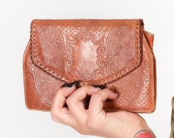 Vintage tooled leather clutch bag 40s 50s vintage leather MADE IN ITALY