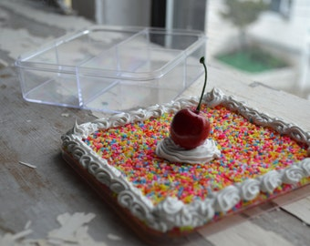 Cake Storage Container