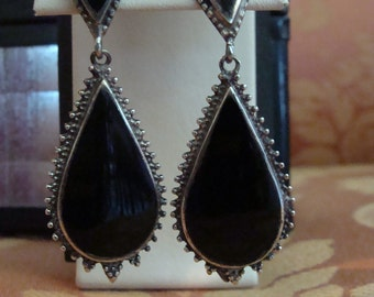 Lovely VintagevSterling Black Onyx Dangle Pierced Earrings