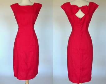 Red linen dress, short sleeve, wiggle dress with back cut out and bow, Lloyd Williams, Medium