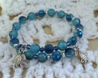Beautiful Aqua Colored Beaded Memory Wire Bracelet (I 438)