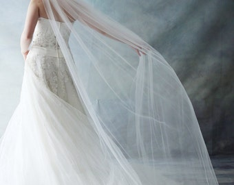 Ready to ship -Soft Tulle Fingertip Bridal Wedding Veil with a Comb