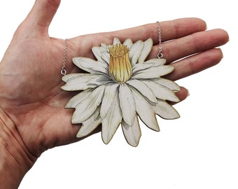 Lily, Lily necklace, lilly jewelry, necklace, white necklace, white flower necklace, flower necklace