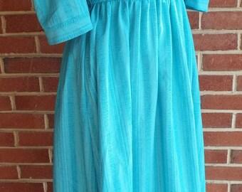 Vintage Turquoise Short Sleeve Dress