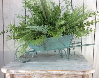 Centerpiece, Summer floral arrangement, Spring decor, Spring Table Arrangment, Spring Centerpiece, little wagon arrangement, wagon