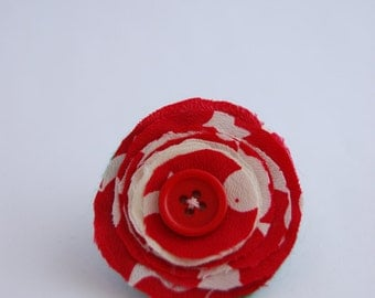 Red & White Layered Flower Brooch