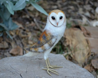 Needle Felted Barn Owl - by Harthicune