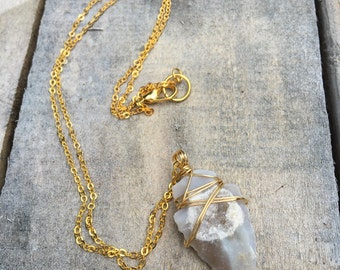 Druzy Arrowhead Necklace, Wire Wrapped Arrowhead made from Druzy Stone, On Short Dainty Gold Plated Chain