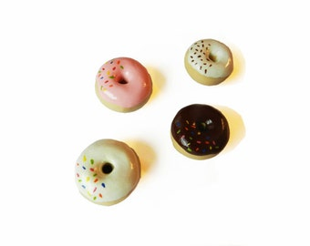Donut Magnets - Set of 4 - Food Magnets - Kitchen Magnet - Polymer Clay Magnets - Small Magnet - Doughnut Magnet - Kawaii - Miniature Food