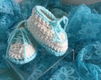 Boy or girl booties,crochet baby booties,baby shoes,boy booties,girl booties,baby shower gift, cotton booties,tennis shoe booties,