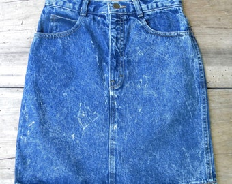 Vintage Dark Acid Wash High Waist Denim Skirt / Made in USA / Amancio Acid Wash Skirt /  25 inch Waist