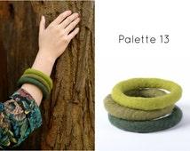 Felt bangle bracelet in tribal style - natural eco bangles felted of merino wool, ethnic o-ring bracelet, customizable women jewelry [BT7]